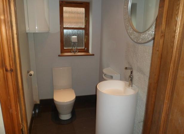 3 X Bathrooms 1 W C In Ashford Ashford Building Services